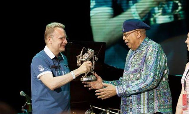 Chucho Valdés отримав Міжнародну музичну премію «Alfa Jazz Fest Awards» ім. Едді Рознера