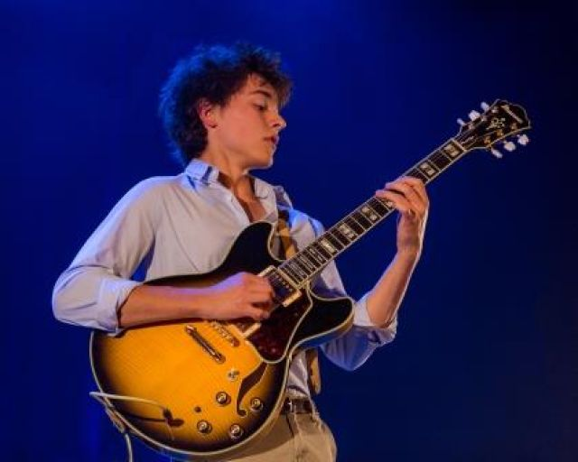 30 червня на площі Ринок виступить справжня сенсація в світі джазу - 18-річний французький гітарист та композитор, переможець премії «LetterOne» - Том Ібарра