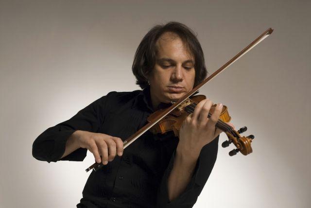 28 червня о 12 00 на сцені біля палацу Потоцьких виступить Luca Ciarla SolOrchestra – Jazz Violin 2.0.