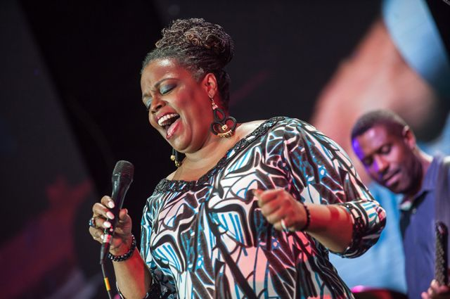 Happy Birthday to Dianne Reeves!