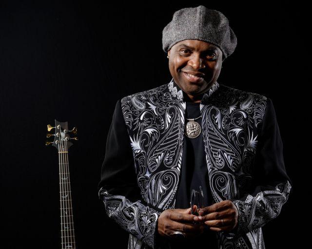 28 та 30 грудня на телеканалі Mezzo транслюватиметься концерт Etienne Mbappe & the Prophets